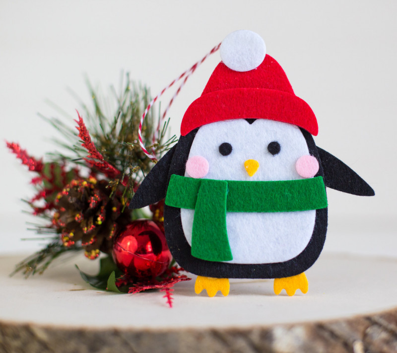 QUICK & EASY NO SEW FELT ORNAMENTS, Rebecca Keppel